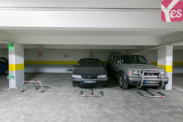 Parking Val de Fontenay - RER 2 rue Jean Zay