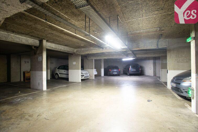 Parking Crimée 24/24 7/7