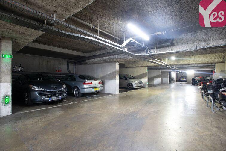 Parking Crimée box