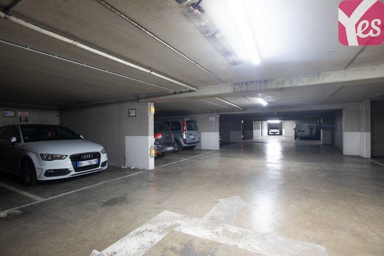 Parking Crimée sécurisé