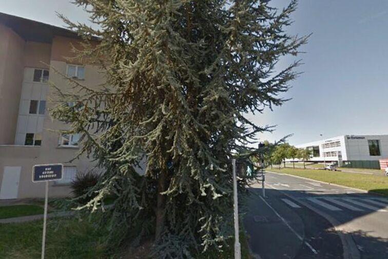 Parking Barrière Saint Marc - Arsène Bourgeois - Orléans (box) à louer