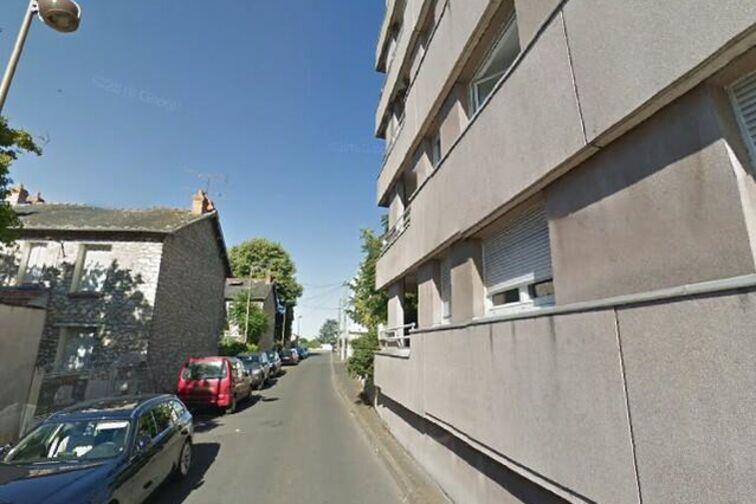 location parking Madeleine - Jean Monnet - Orléans