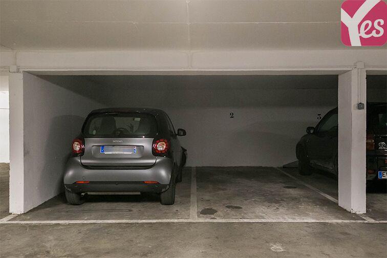 Parking Couronnes - Moulin Joly caméra