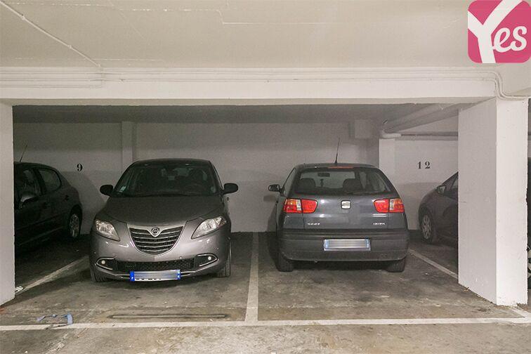 Parking Couronnes - Moulin Joly pas cher