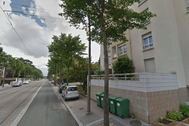 Parking Mairie de proximité - Saint Marceau - Orléans Orléans