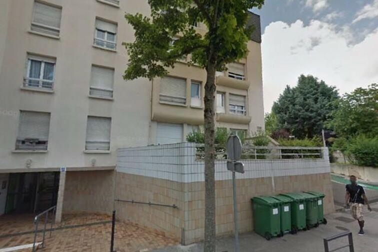 location parking Mairie de proximité - Saint Marceau - Orléans