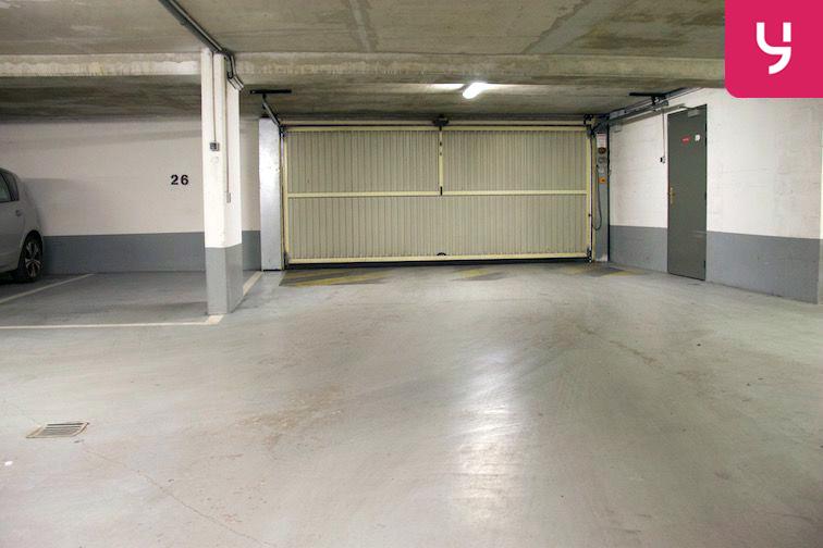 Parking Saint-Ouen RER - Boulevard Victor Hugo 9 rue du Dulcie September