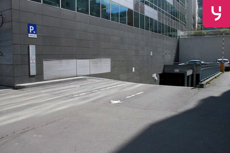 Parking Saint-Ouen RER - Boulevard Victor Hugo 24/24 7/7