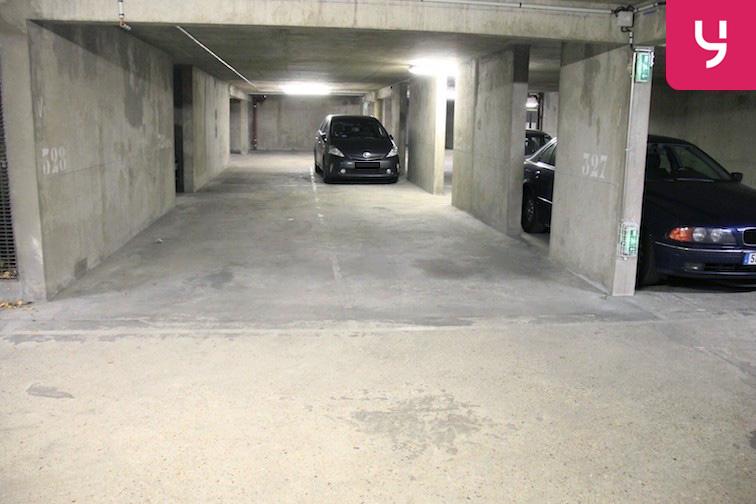 location parking Colonel Fabien - Quai de Jemmapes