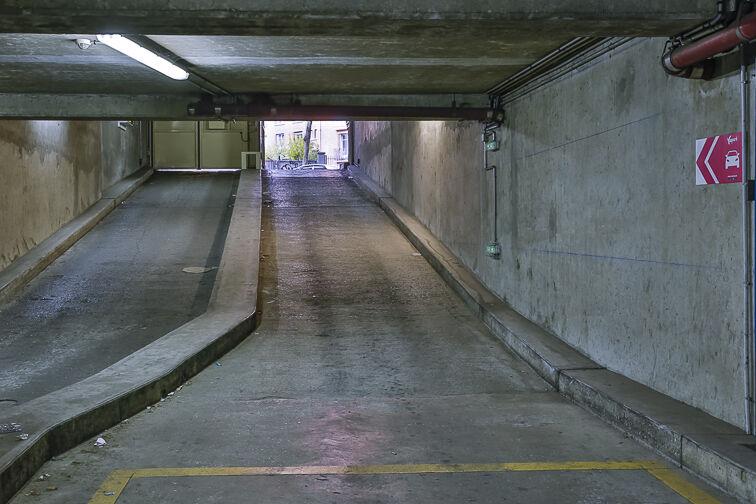 Parking Colonel Fabien - Quai de Jemmapes gardien