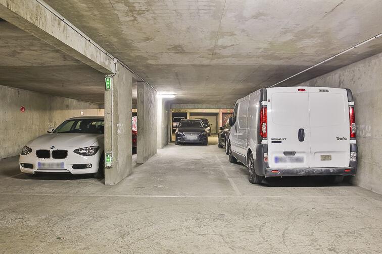 Parking Colonel Fabien - Quai de Jemmapes 7 rue Louis Blanc