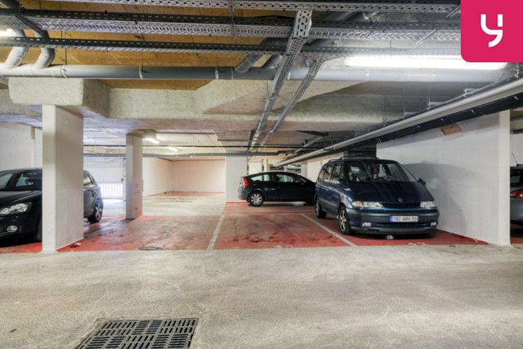 Parking Sevran - Rougemont - Charcot (place moto) sécurisé