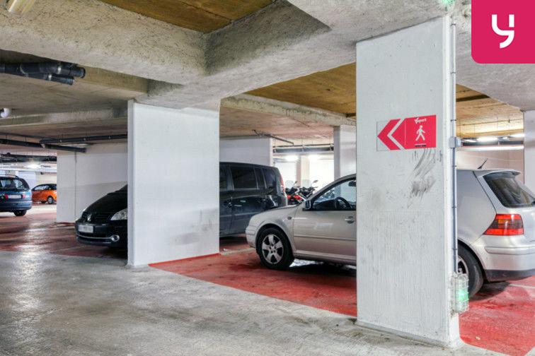 Parking Sevran - Rougemont - Charcot (place moto) box