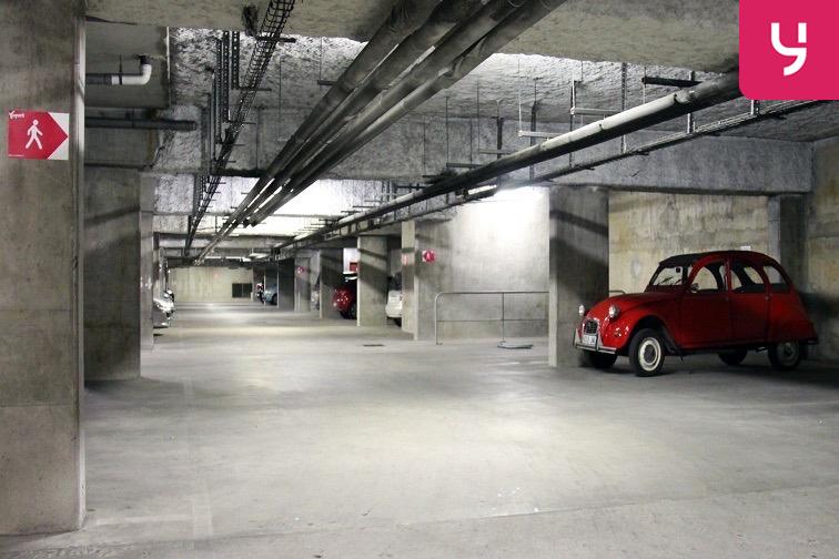 Parking Ivry - Boulevard de Stalingrad à louer