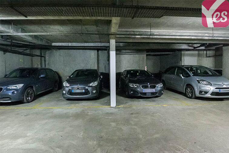 Parking Chaville - Rive Gauche - Numéro 7 à louer