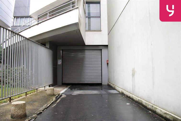 Parking Parmentier (place moto) gardien