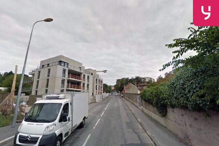 Parking Commissariat de Police Lyon 5 (box) location
