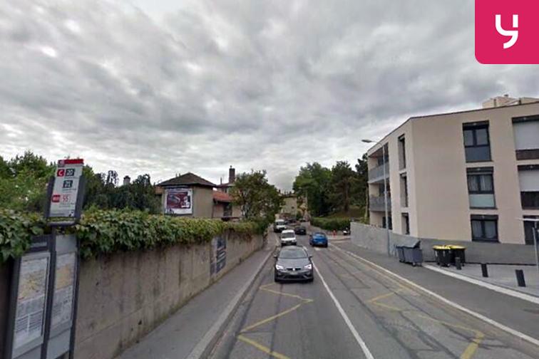 Parking Commissariat de Police Lyon 5 (box) pas cher
