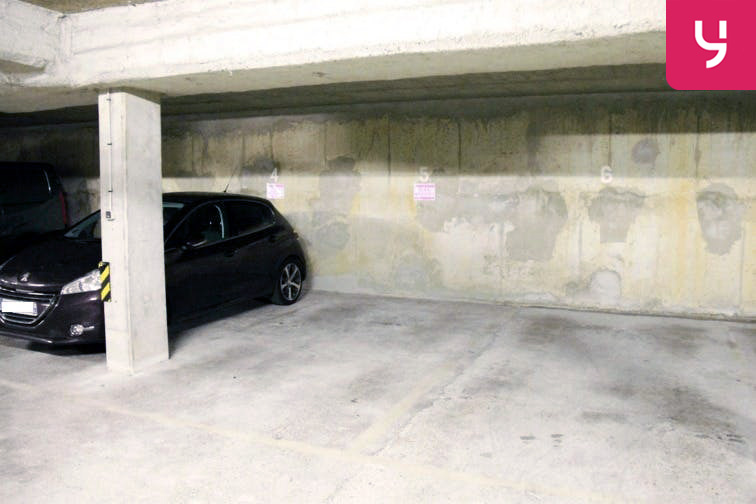 Parking Brancion 75015