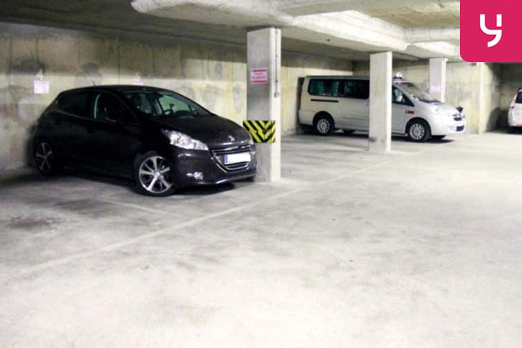 Parking Brancion location