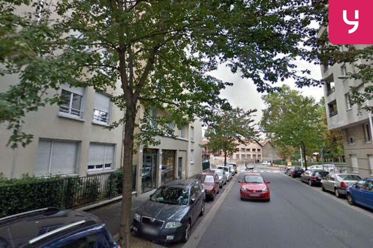 Parking Mairie - Lyon 9 (box double) 24/24 7/7