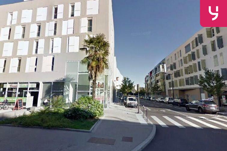 Parking Commissariat de Police Lyon 9 (box) location