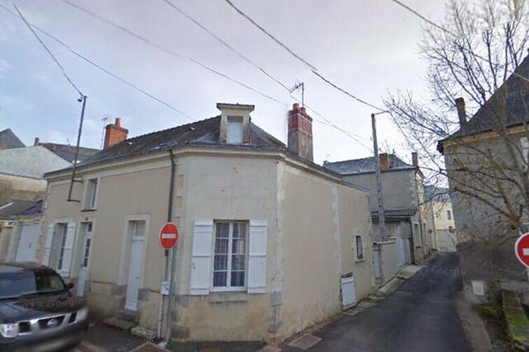 Parking Mairie de Baugé-en-Anjou à louer