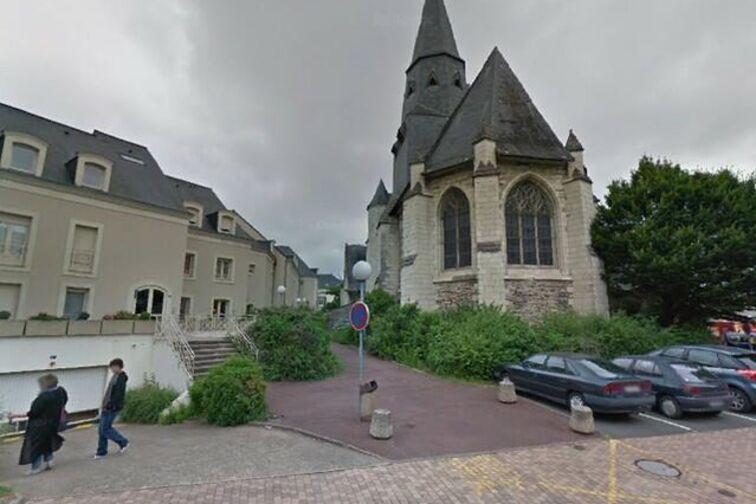 location parking Mairie de Les Ponts-de-Cé