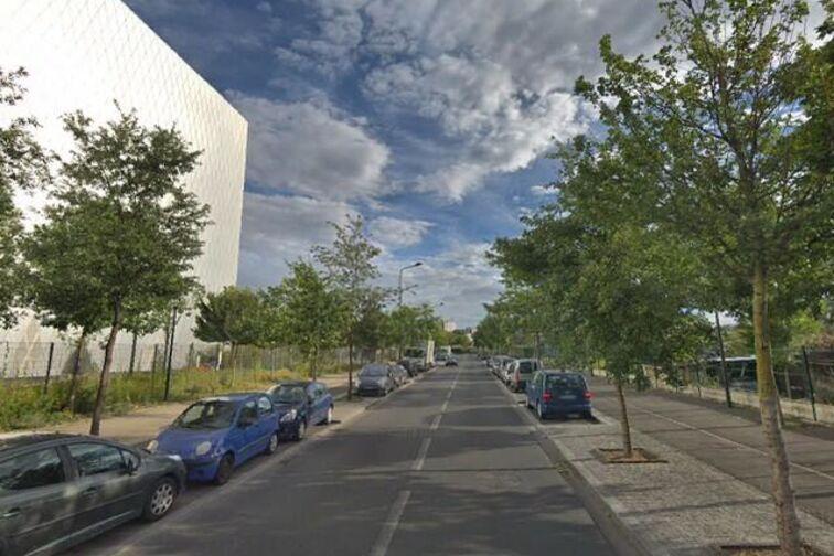 Parking Lycée Pro. Ludovic Ménard - Les Ponts-de-Cé garage