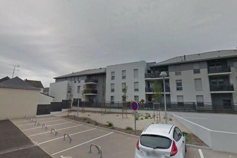 Parking Mairie de Saint-Sylvain d'Anjou à louer