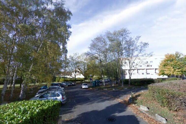 location parking Collège Henri Wallon - Nandy
