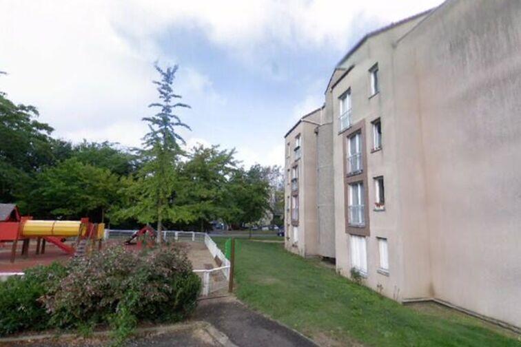 location parking Collège des 4 Arpents - Lagny-sur-Marne