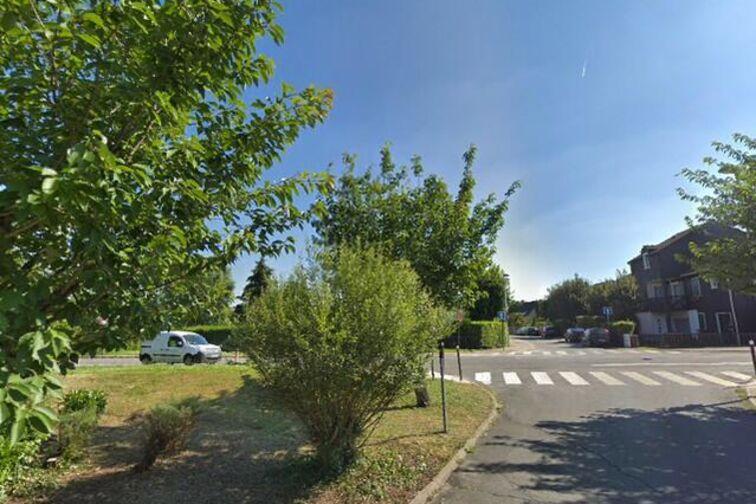 Parking Malnoue - Bois des Souches - Emerainville gardien