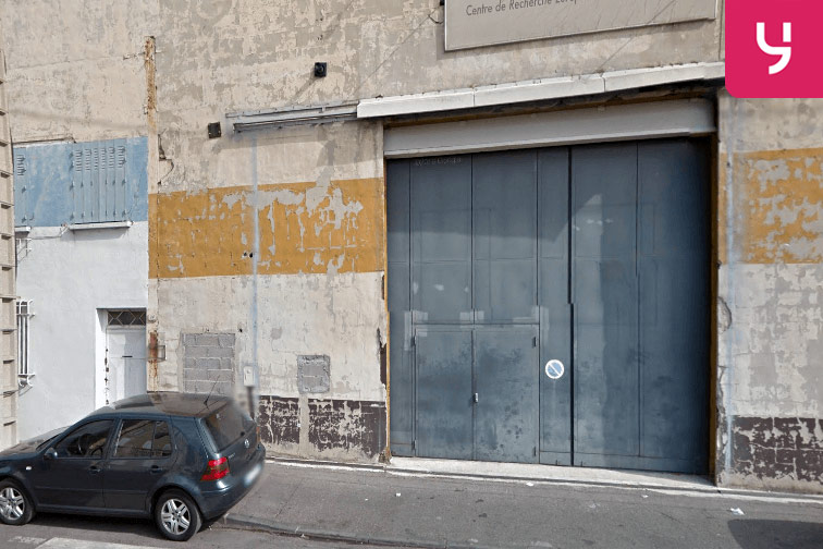 Location de parking à Marseille, proche gare station de bus Demandolx