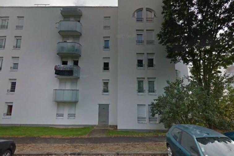 Parking Collège Beaumarchais - Meaux avis