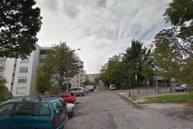 location parking Collège Beaumarchais - Meaux