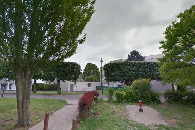 Parking Gymnase Condorcet - Meaux box