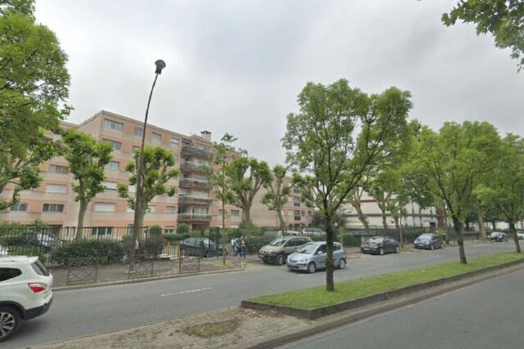 Parking Marcel Sembat - Astride Briand - Villeparisis 24/24 7/7