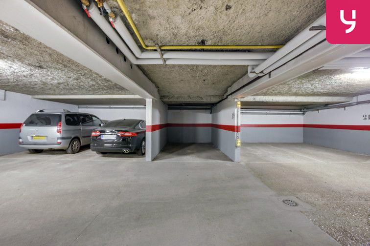 Parking Pileu - Graviers - Vilmorin - Massy (place double) 24/24 7/7