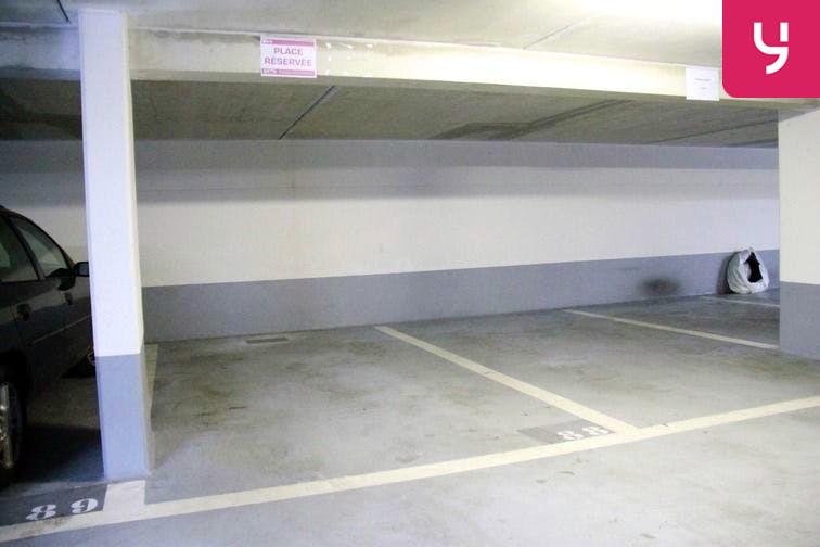 Parking Balard sécurisé