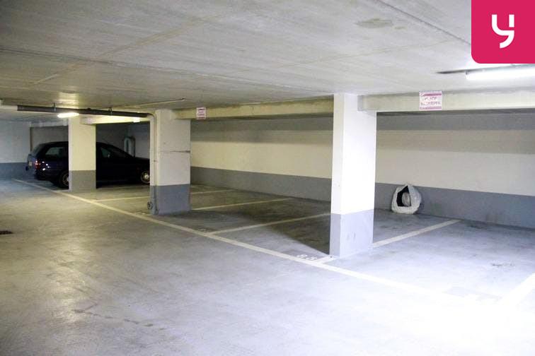 Parking Balard box