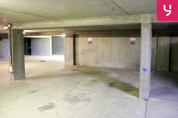 location parking Les Pennes-Mirabeau
