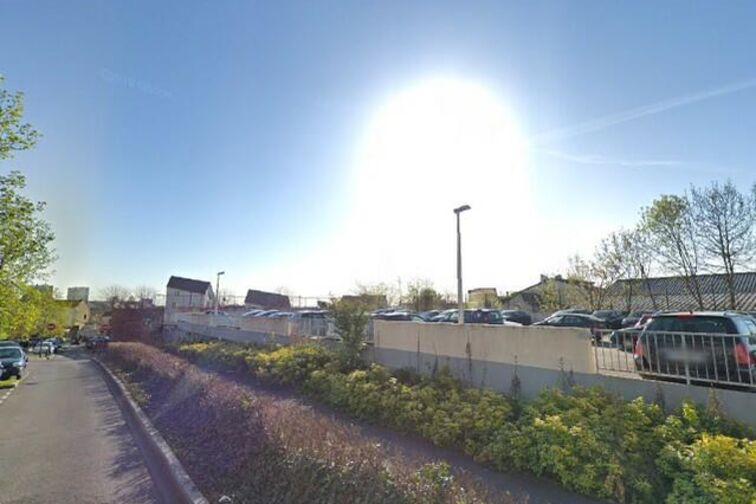 Parking Stade des Grands Pêchers - Montreuil (box) location mensuelle