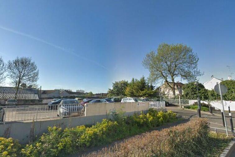 Parking Stade des Grands Pêchers - Montreuil (box) avis