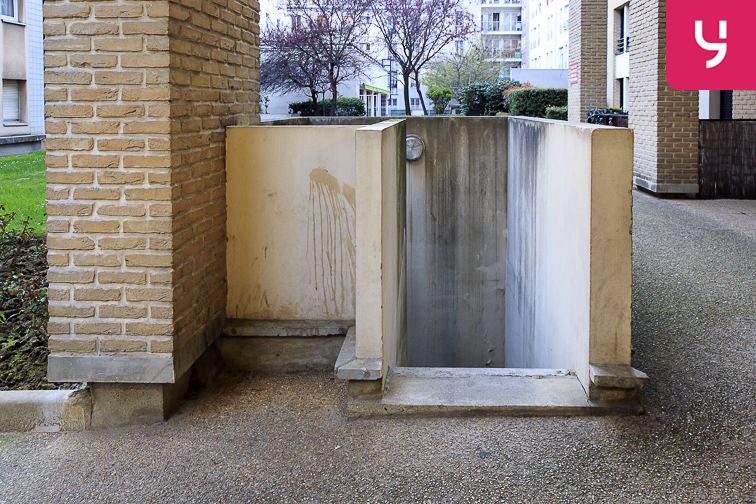 Parking Neuilly-Casteres - Clichy - Entrée de Ville (place double) 92110