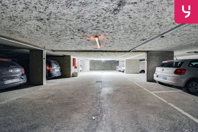 Parking Guillotière (place double) location