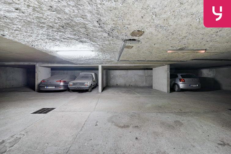 Parking Guillotière (place double) location mensuelle