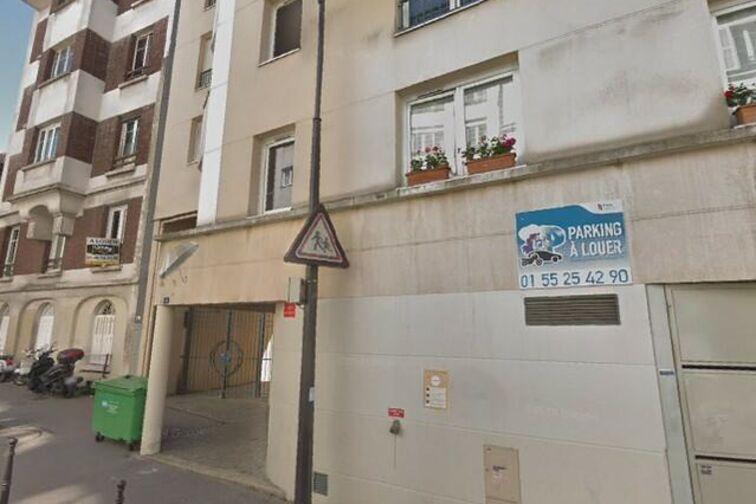 Parking IUT De Montreuil (box) garage