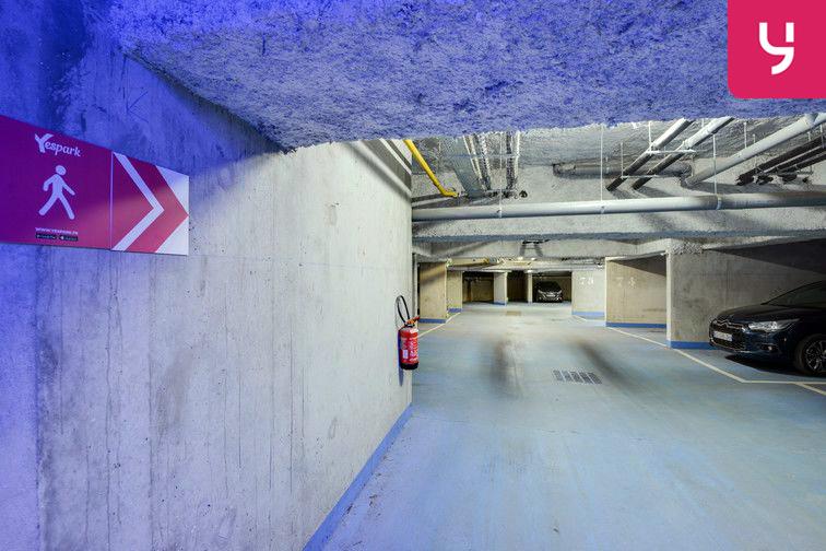 Parking Gare de Fontenay-le-Fleury (place moto) gardien