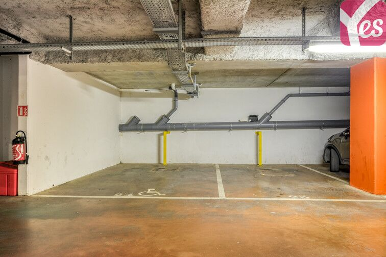 Parking Centre-Ville - Roussillon - Neuilly-Sur-Marne Neuilly-sur-Marne